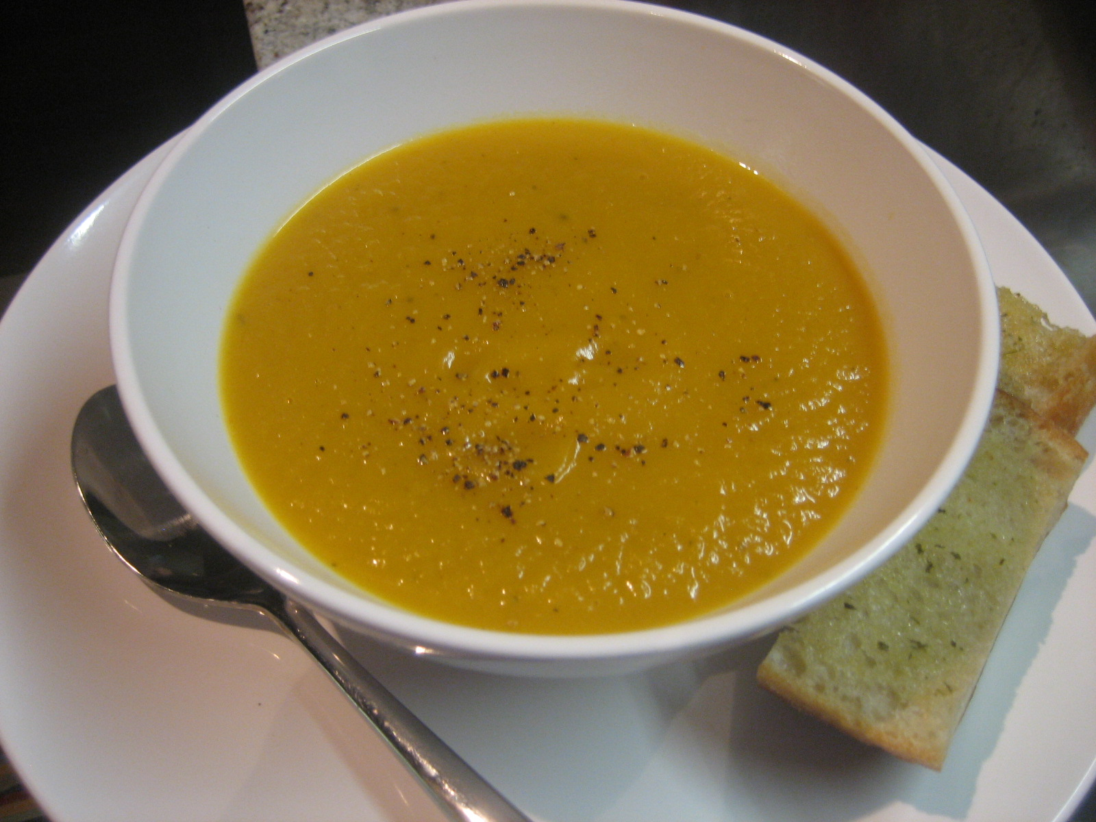 creamy pumpkin soup vegan